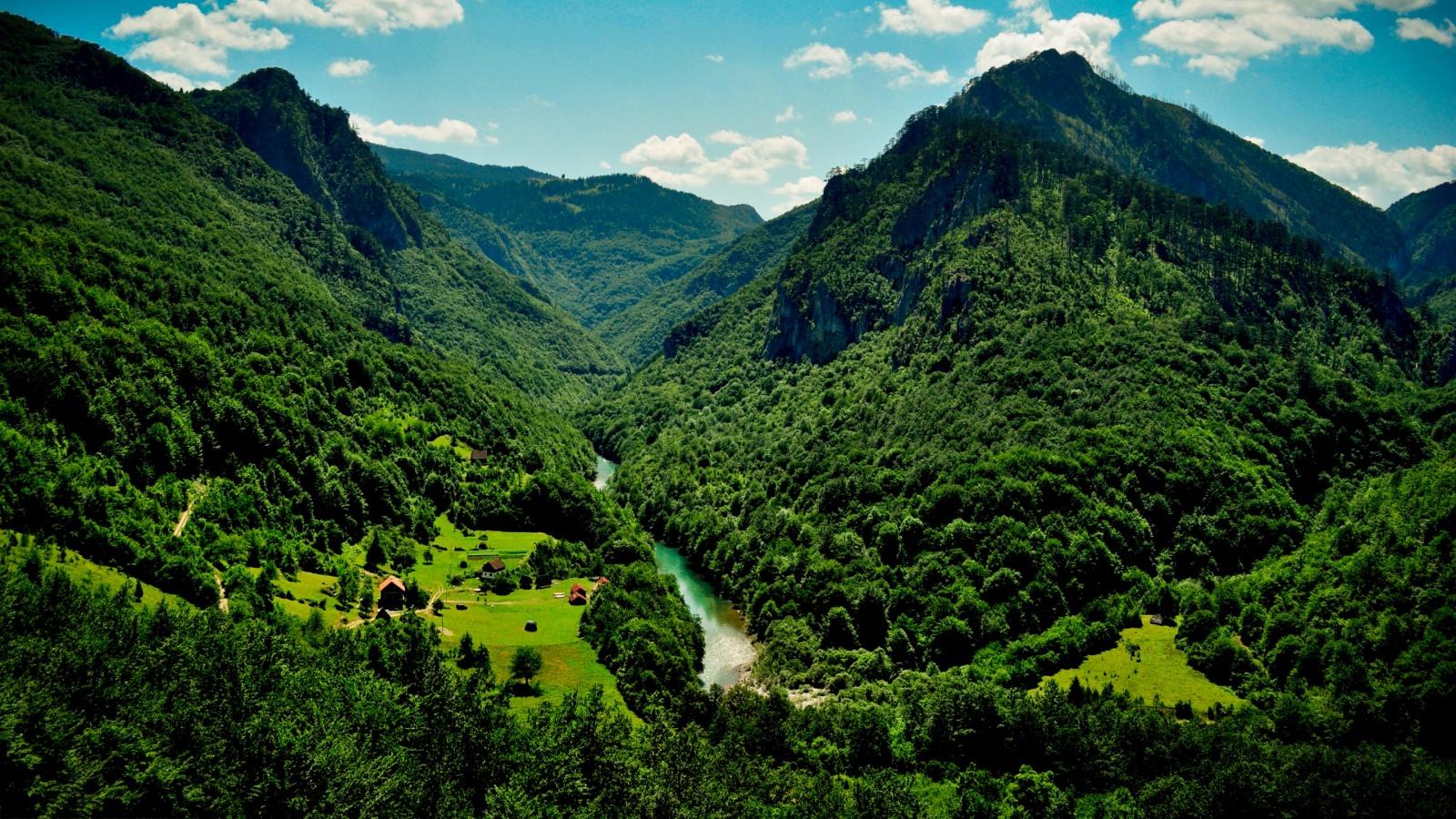черна-гора=бюджетни-дестинации-югоизточна-европа