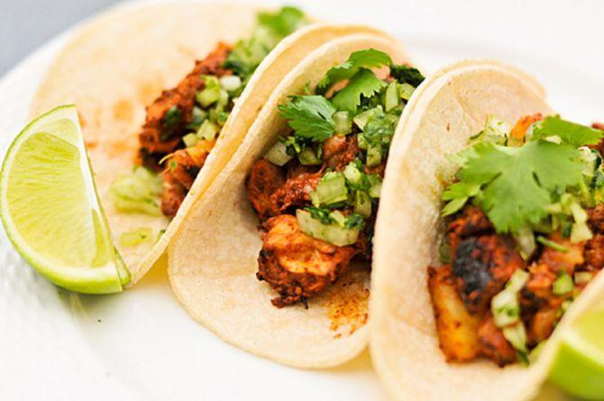 такос-ал-пастор-храни-от-мексико