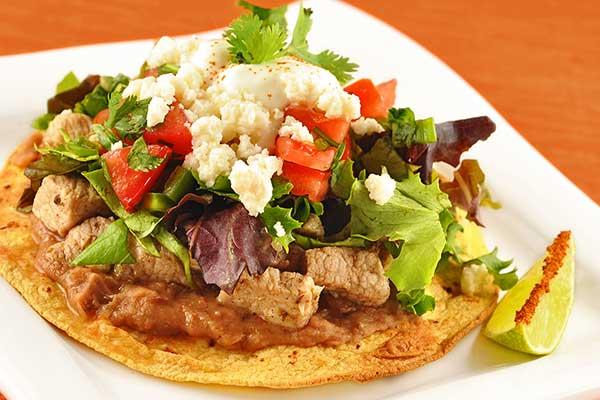 тостадас-храни-от-мексико