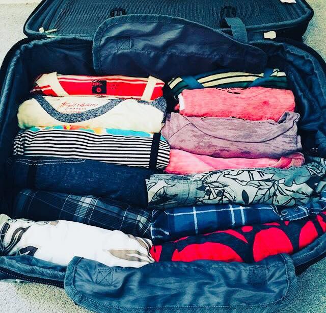 дрехи-в-багажа