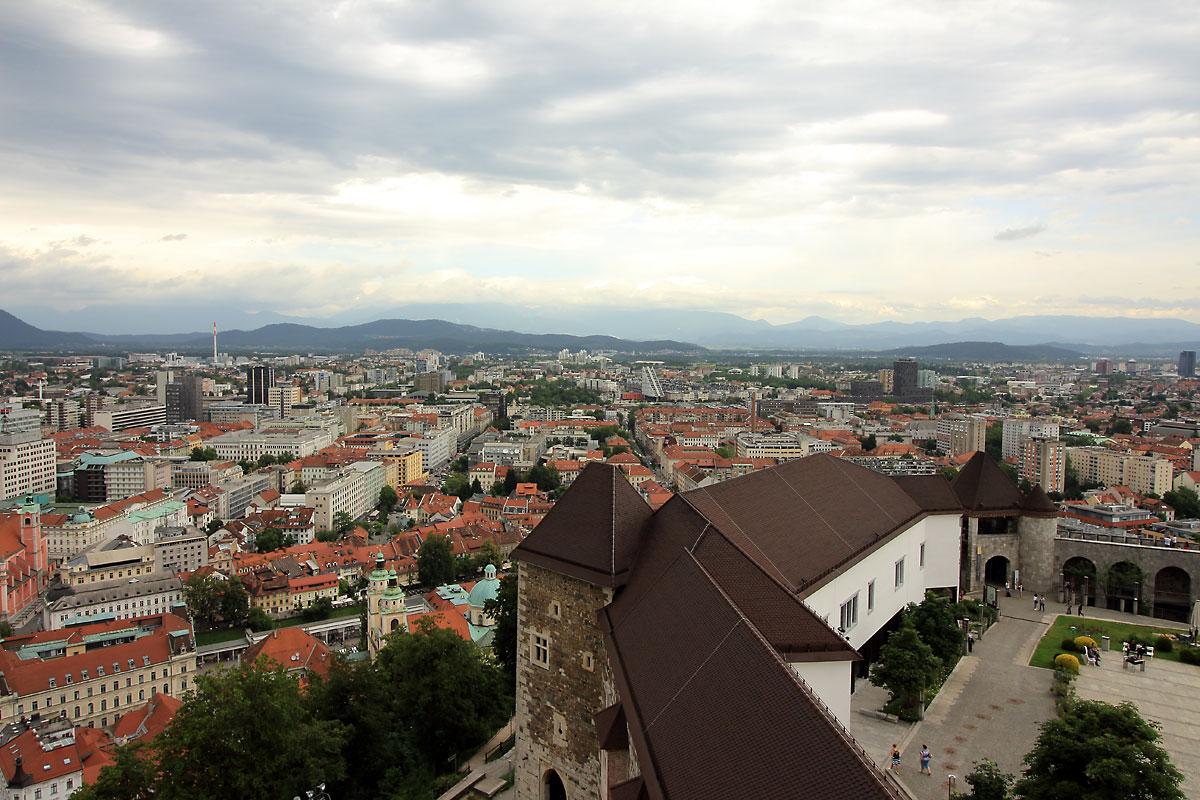 Люблянски замък: панорамни гледки от наблюдателната кула