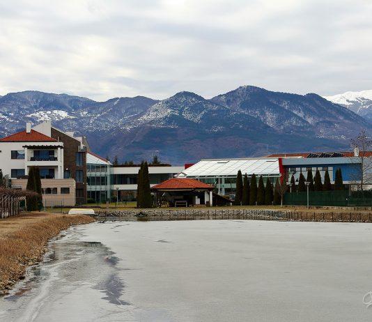 Хотел Ува Нестум на фона на Пирин