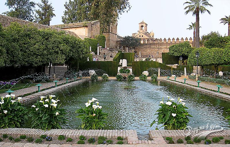 Замък Алкасар