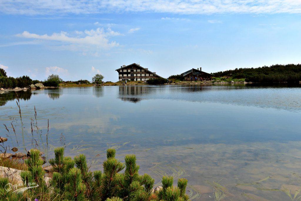 На брега на Безбожкото езеро