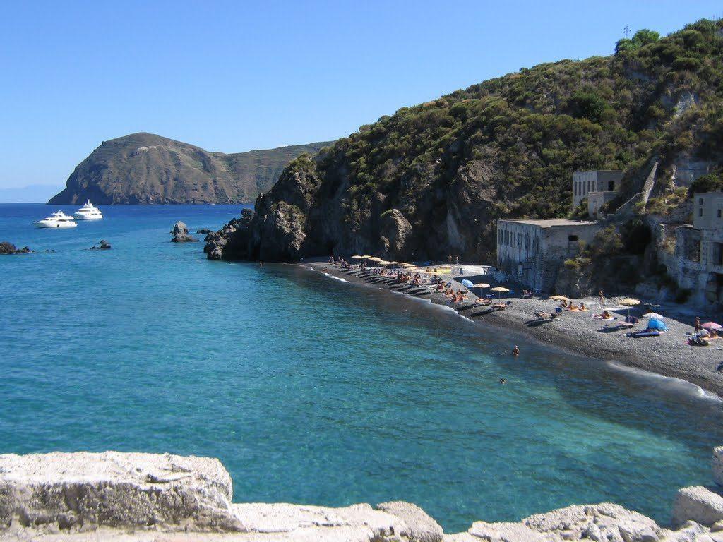 Липарските острови | Loyal Travel Blog