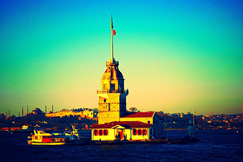 Девичата (Леандрова) кула