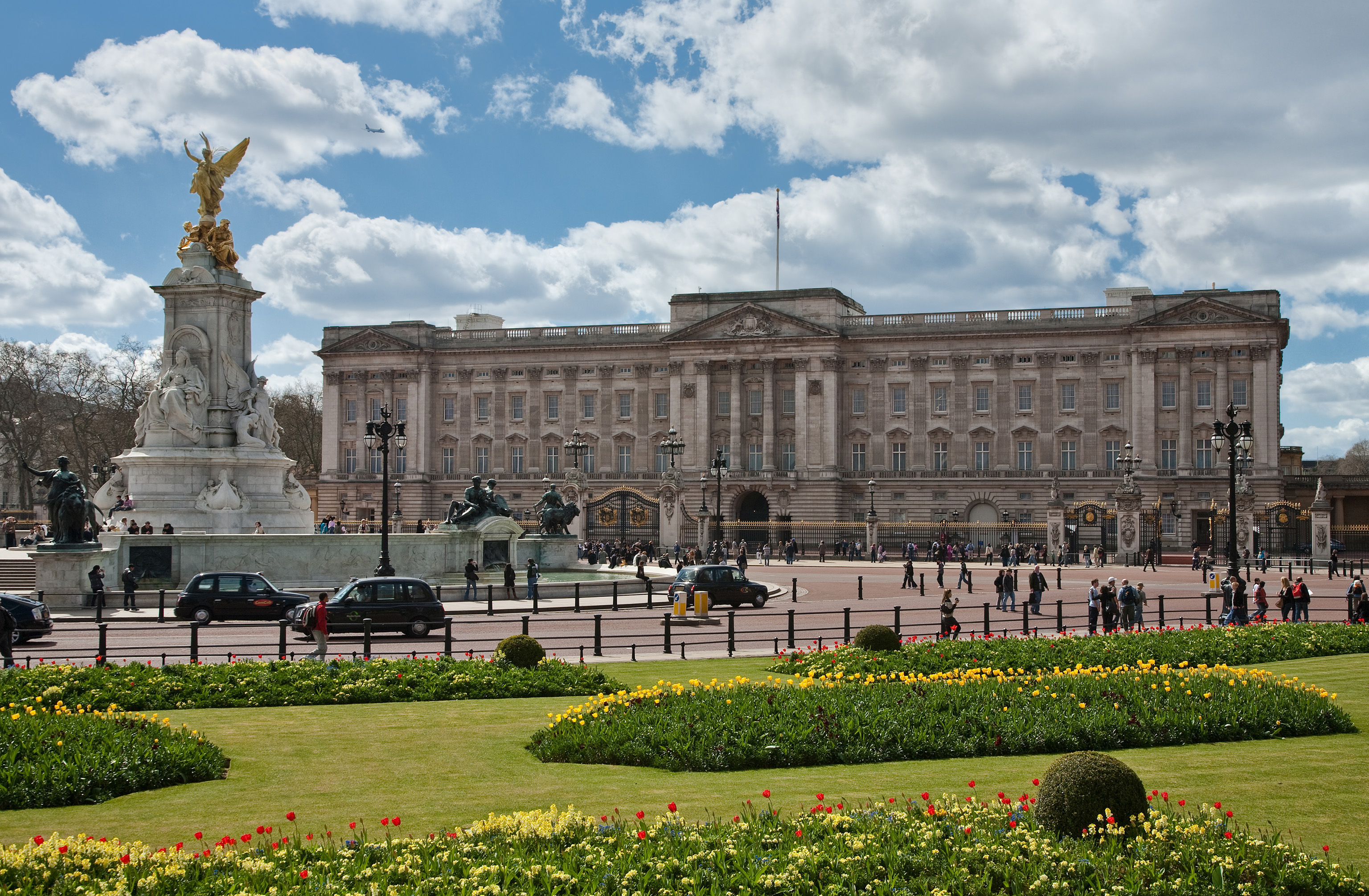 Бъкингамския дворец | Loyal Travel Blog