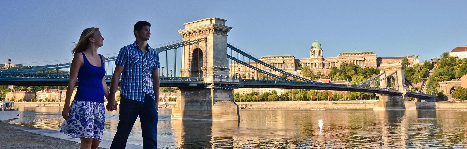 Влюбени в Будапеща