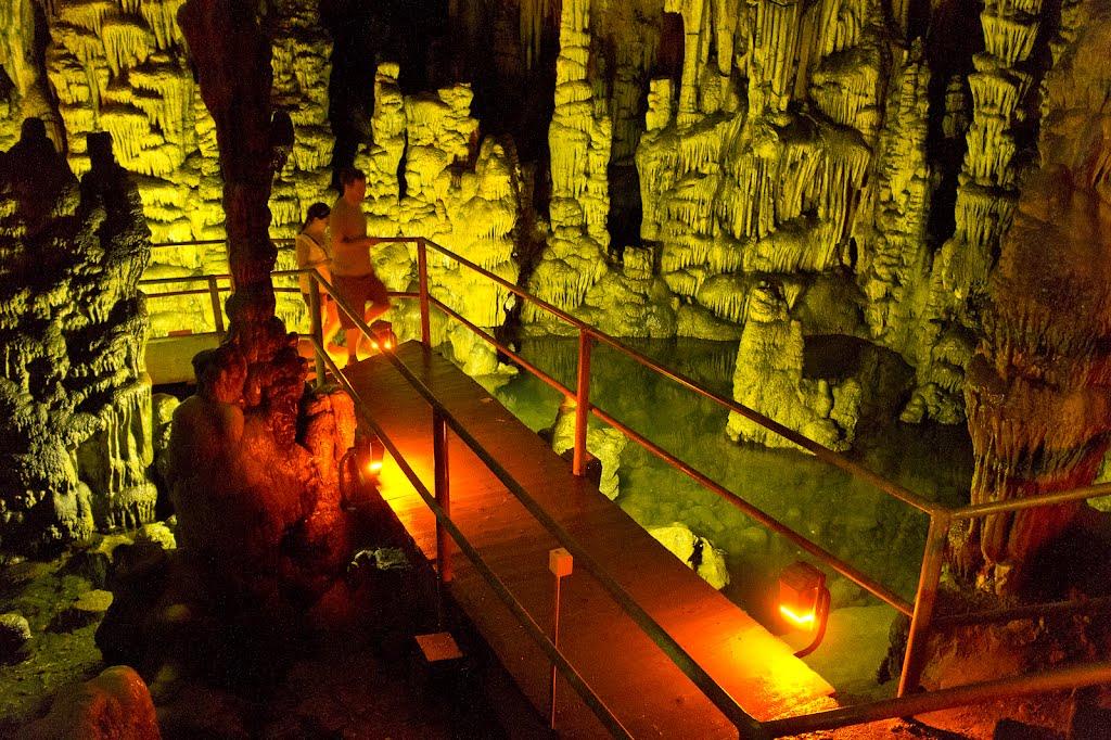 диктейската-пещера-остров-крит