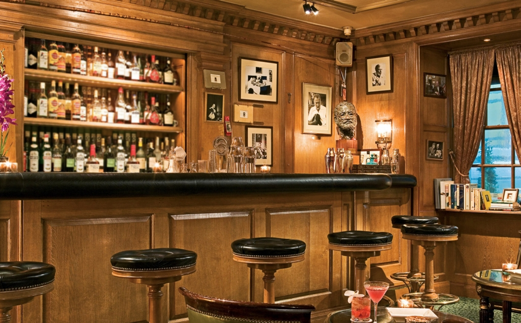 The Hemingway Bar at The Ritz, Paris