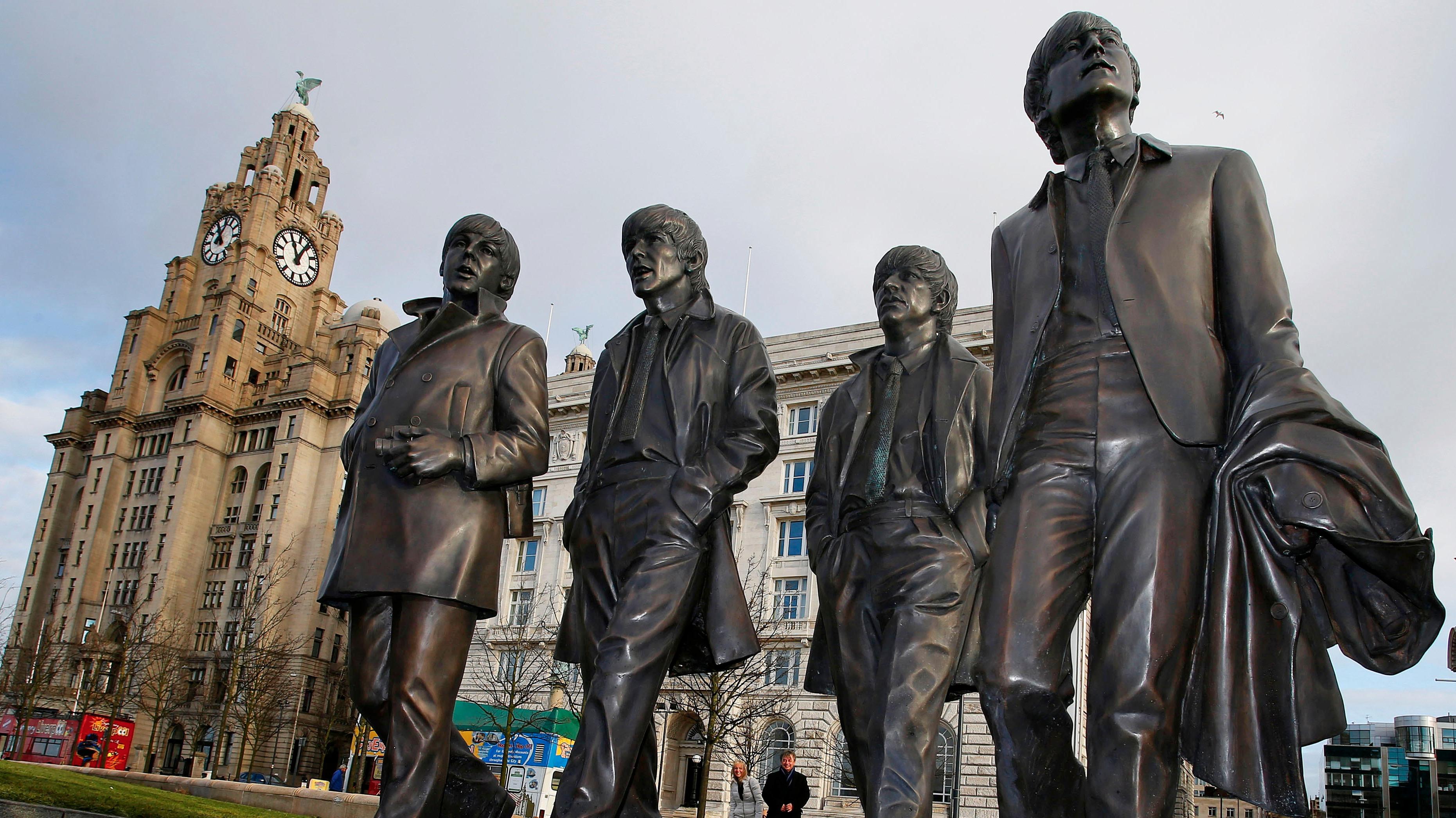Статуя на Бийтълс, Ливърпул
