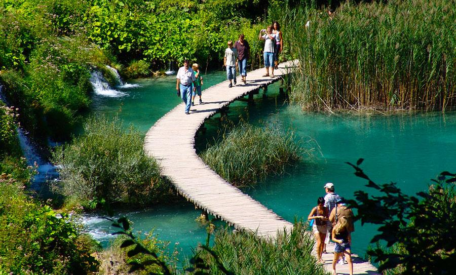 Резултат с изображение за плитвичките езера