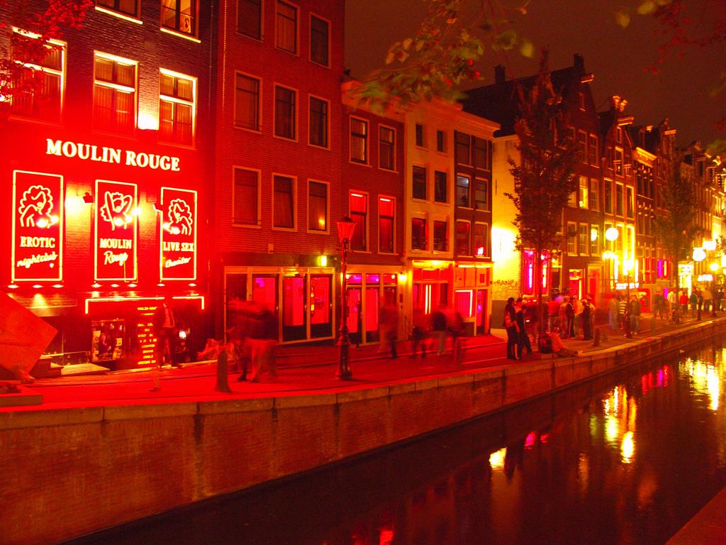 Кварталът на червените фенери, Амстердам | Loyal Travel Blog