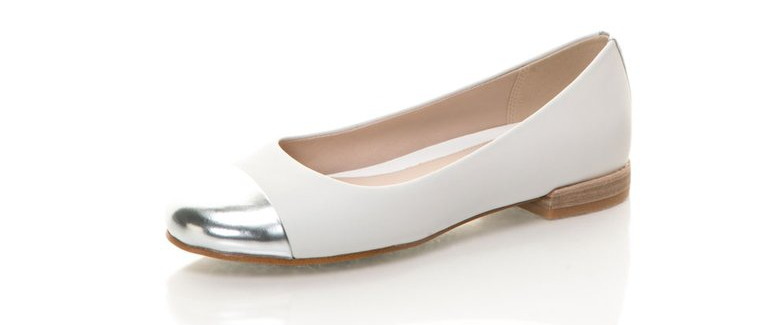 Clarks : White Cap Toe Leather Flats | FashionDays